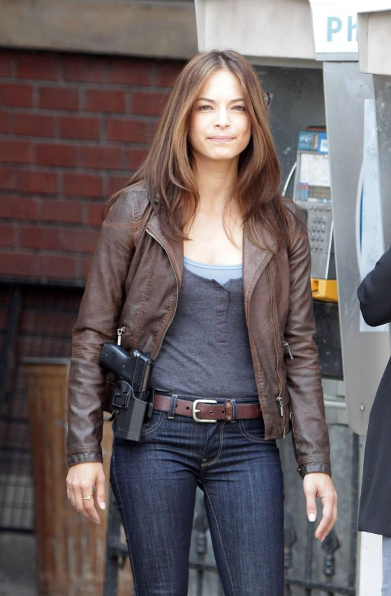 kristin kreuk beauty and the beast 