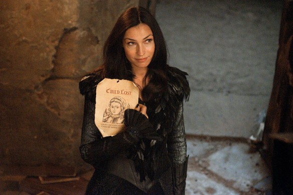 HANSEL & GRETEL WITCH HUNTERS: Famke Janssen Video Interview