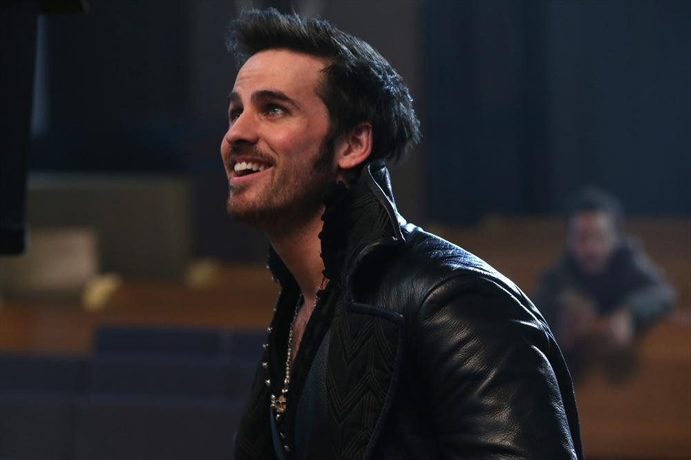 """once upon a time captain hook death Once upon a time killed off a major character in its dec 6 winter finale, """"swan song"""" -- details, plus watch the emotional death scene."""