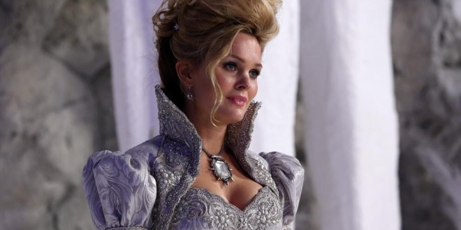 "ONCE UPON A TIME: Finding Glinda is ""A Curious Thing"""