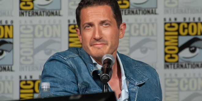 sasha roiz girlfriend 2016